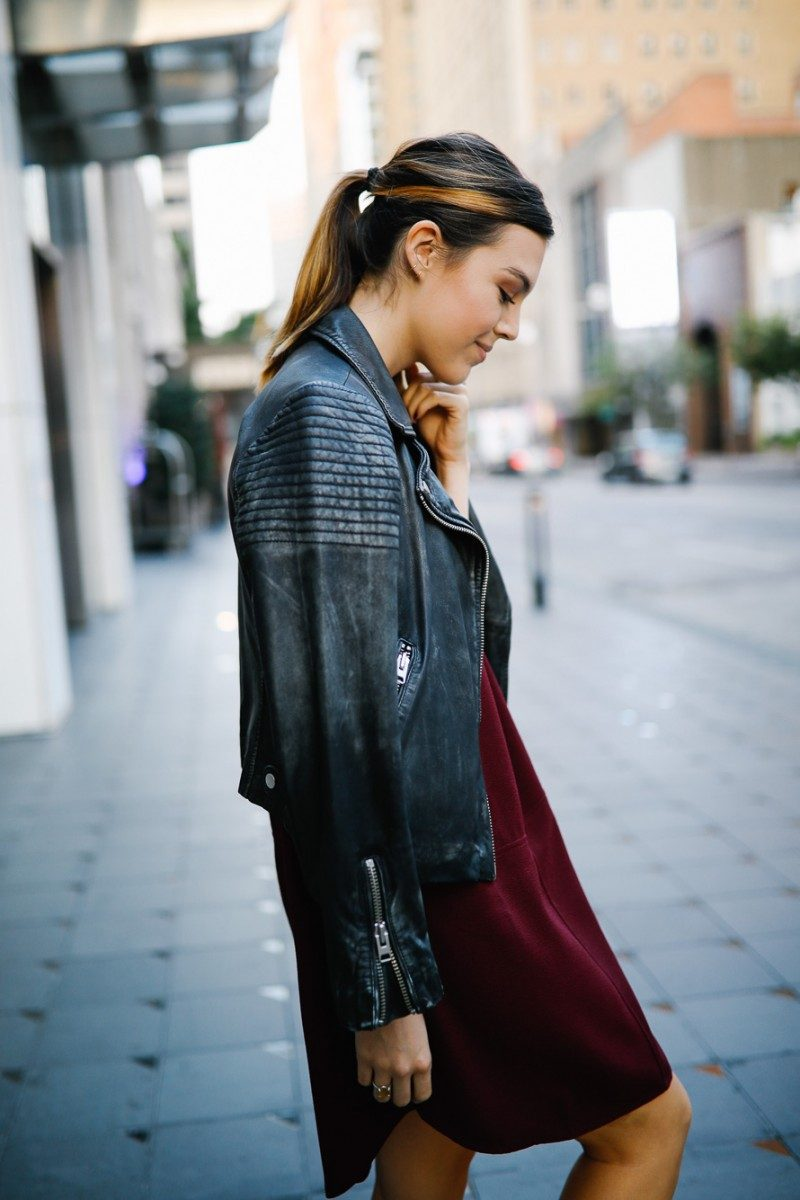 Style blogger Ashley Deatherage styles a lightweight fall dress | Never Without Lipstick | casual dress, fall dress, dress outfit, affordable dress. lightweight dress, fall dress layer, dress outfit for fall, dress and leather jacket, dress and booties