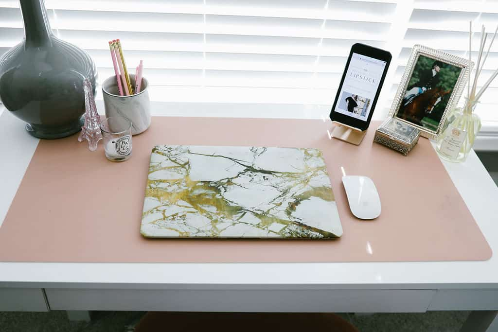 blush pink apartment, apartment bedroom decor, small desk decor, apartment decorating on a budget, first apartment decorating  | Blush pink and grey home decor featured by top Dallas life and style blog, Never Without Lipstick